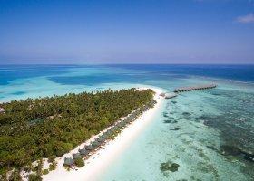 maledivy-hotel-meeru-island-resort-053.jpg