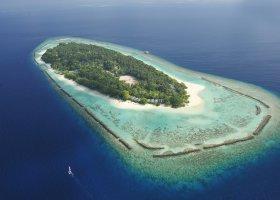 maledivy-hotel-royal-island-resort-spa-105.jpg
