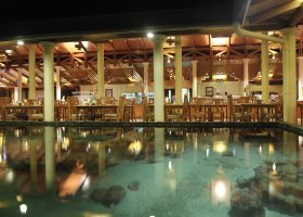 maledivy-hotel-royal-island-resort-spa-147.jpg