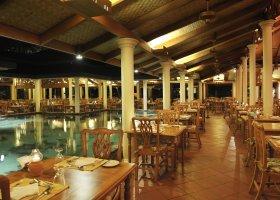 maledivy-hotel-royal-island-resort-spa-148.jpg